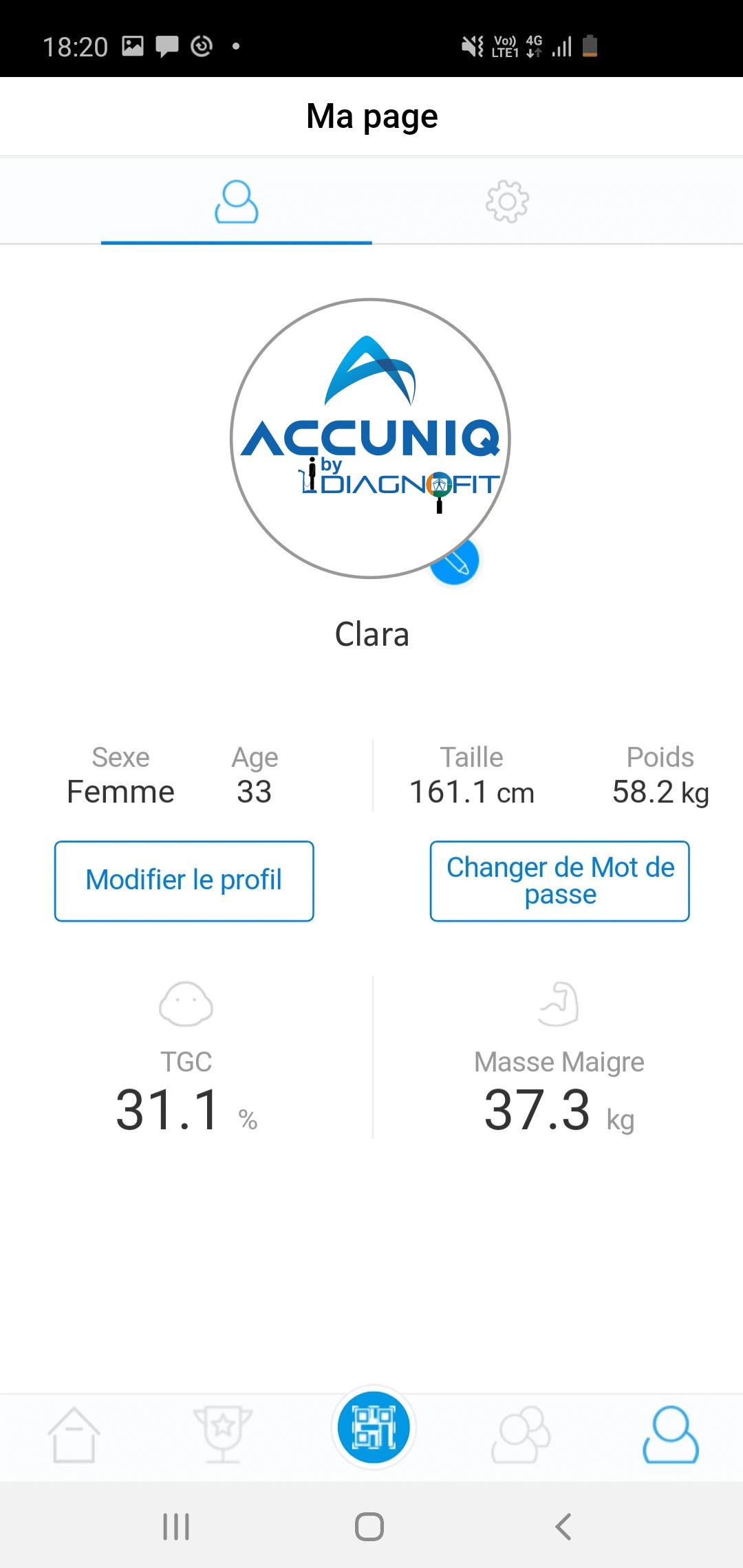 écran de l'application ACCUNIQ montrant le profil utilisateur